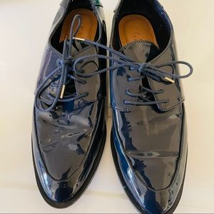 Zara patent leather shoes size 39 US 8 blue